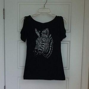 Peekaboo Sleeve Zebra T-shirt
